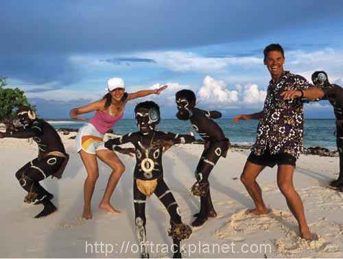 tourists_native_performers_solomon_islands_photo_gov