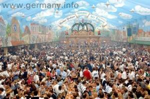 Oktoberfest2_dpa